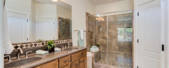 Resort Community Bathroom Home for Sale