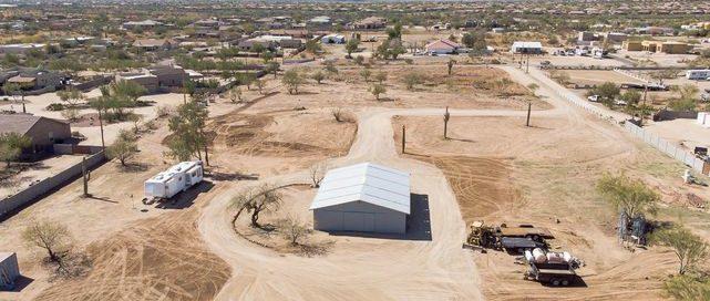 Desert Hills horse property side